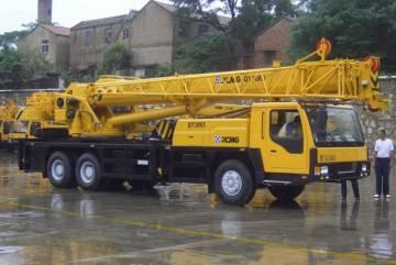 Автокрана XCMG 30 тонн